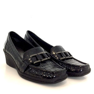 AK Anne Klein Women's Black Slip On Loafers Flats